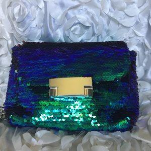 Handbags - 🌸🌸Metallic blue and green sequins handbag